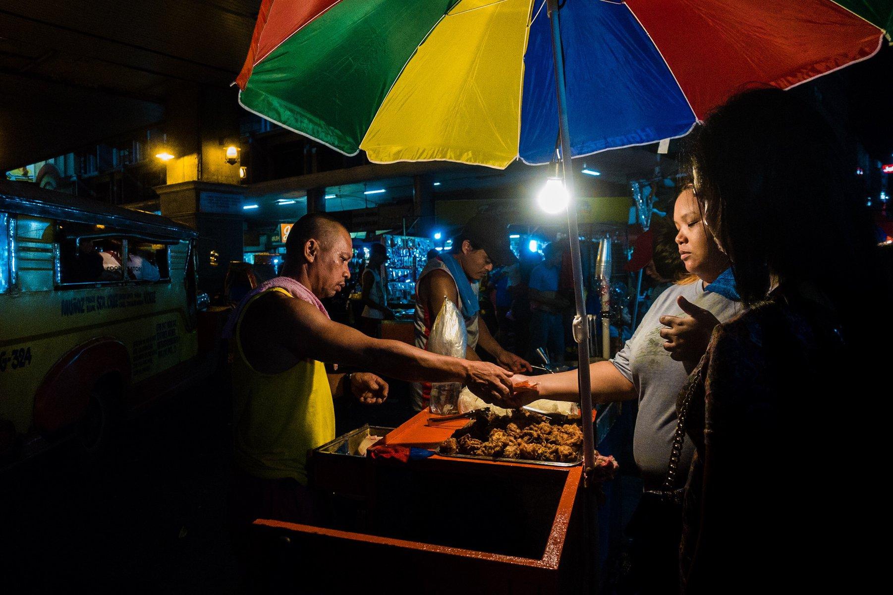 Sale! Carriedo, Sta. Cruz, Manila at night.